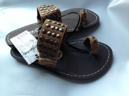 BNWT Older Girls Sz 1 Smart Tan Rivers Doghouse Bronze Studded Sandals RRP $30