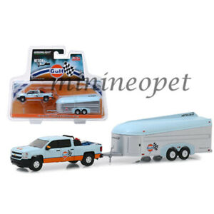 GREENLIGHT-51243-2017-CHEVROLET-SILVERADO-w-AEROVAULT-1-64-GULF-OIL-LIGHT-BLUE