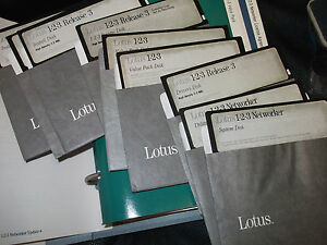LOTUS-123-VINTAGE-SOFTWARE-W-5-25-034-DISKETTES-IN-BINDER-ONLY-NEW