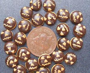 1:12 Scale 7 Loose Chocolate Halloween Doughnuts Tumdee Dolls House Cake PL102