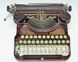 Vintage-1930-Smith-Corona-Model-No-4-Portable-Typewriter-Maroon-amp-Gold-w-Case