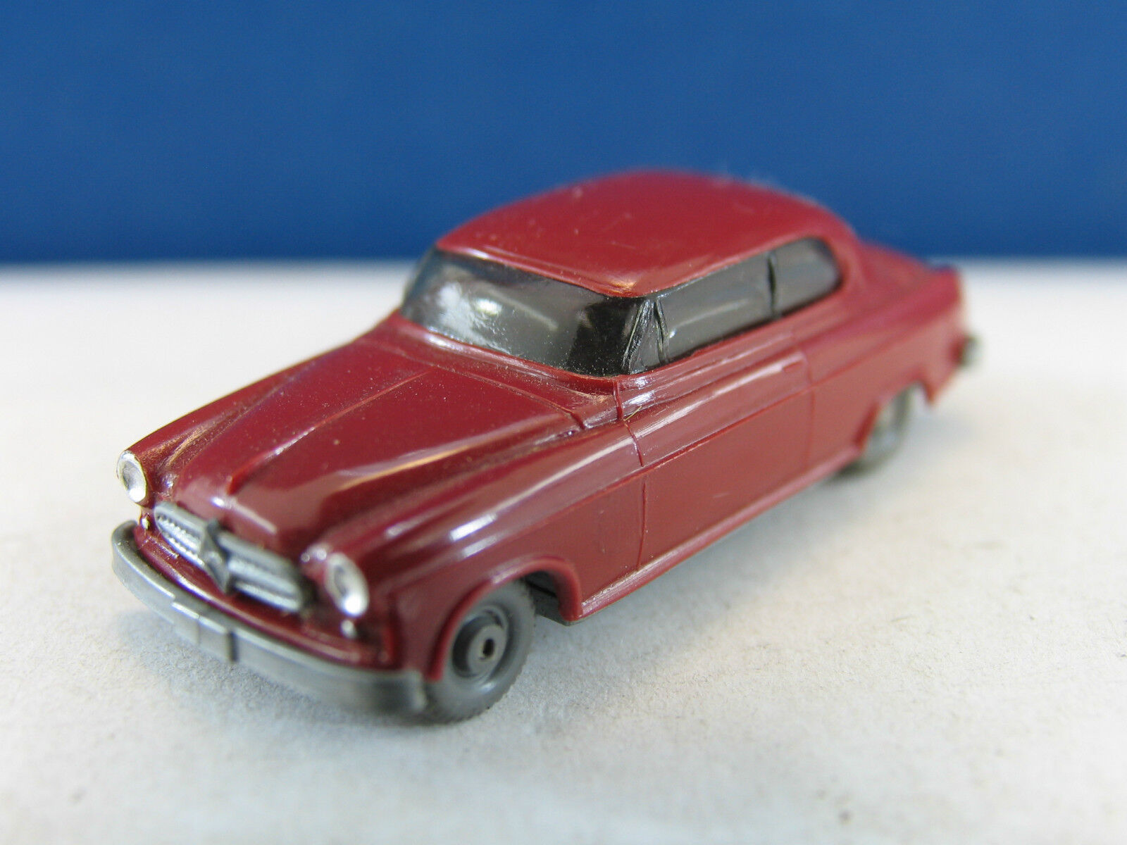 Wiking voiture 185 1 BORGWARD ISABELLA x1238