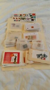 Worldwide-Stamp-Collecters-Estate-lot-box