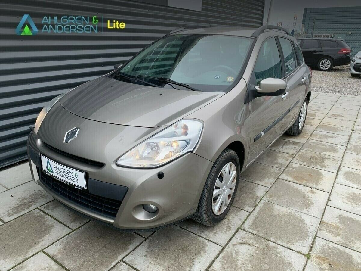 Renault Clio III 1,2 16V Expression ST 5d
