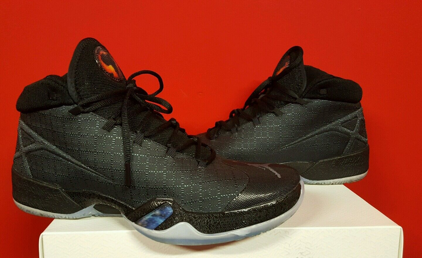 Air jordan XXX ANTHRACITE BLACK EDITION SIZE 10.5 USED ***PRICE REDUCED**