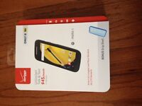 Verizon Wireless Prepaid - Motorola Moto E 4g 8gb Memory W/ Grip Shell Case