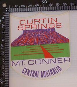 VINTAGE-CURTAIN-SPRINGS-MT-CONNER-CENTRAL-AUSTRALIA-SOUVENIR-TOURIST-STICKER