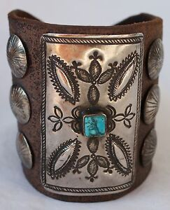 Vintage-Navajo-Indian-Turquoise-Tooled-Silver-Ketoh-Bow-Guard-Bracelet