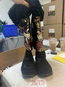 Ed-Hardy-Black-Suede-Leather-Boots-Tiger-Painted-Print-slide-on-zip-up-Size-9