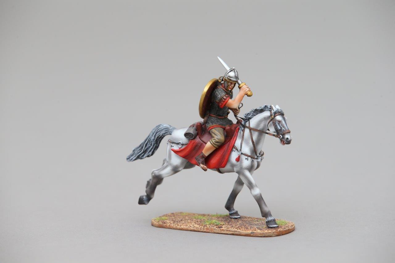 THOMAS GUNN ROM095B - Roman Cavalry Legionnaire (Green) Painted Metal Figure