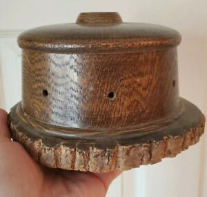 Primitive-Walnut-Thread-Caddy-Handcrafted-Holds-8-spools-Sewing-Collector