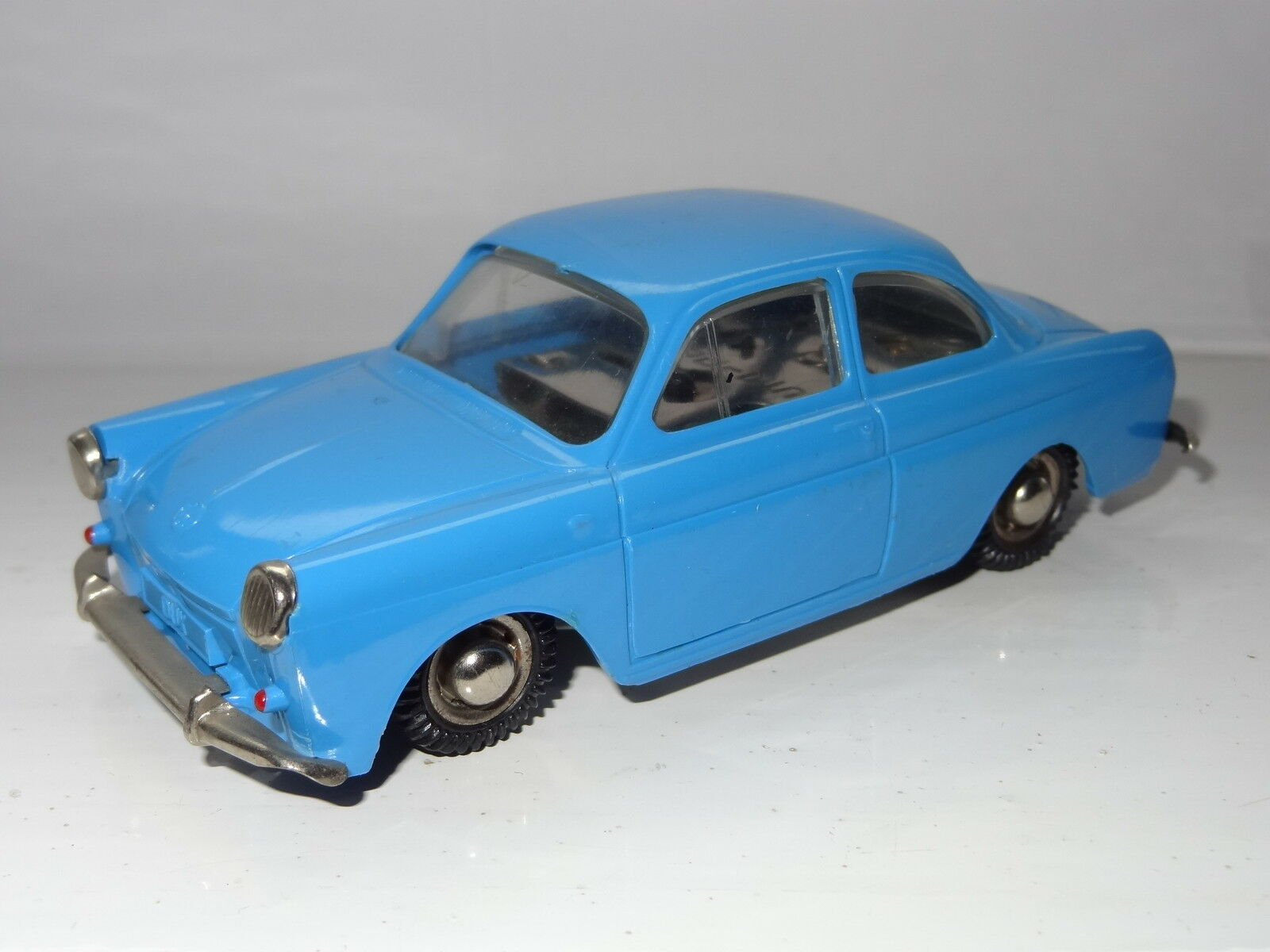 Auto Dux 612 Vw Volkswagen 1500 Wind Up Toy Toy Toy C   adelante & Reversa Alemania ab9cd2