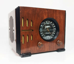 Old Antique Wood Zenith Vintage Tube Radio- Restored & Working Black Dial Cube