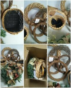 8-Piece-Lot-of-Woven-Items-Baskets-Wreaths-Christmas-Wicker-Decor