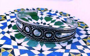 bracelet-berbere-artisanat-maroc-berber-bracelet-craft-Morocco