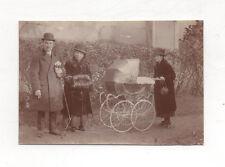 PHOTO ANCIENNE Groupe Famille Bébé Landau Promenade Vers 1900