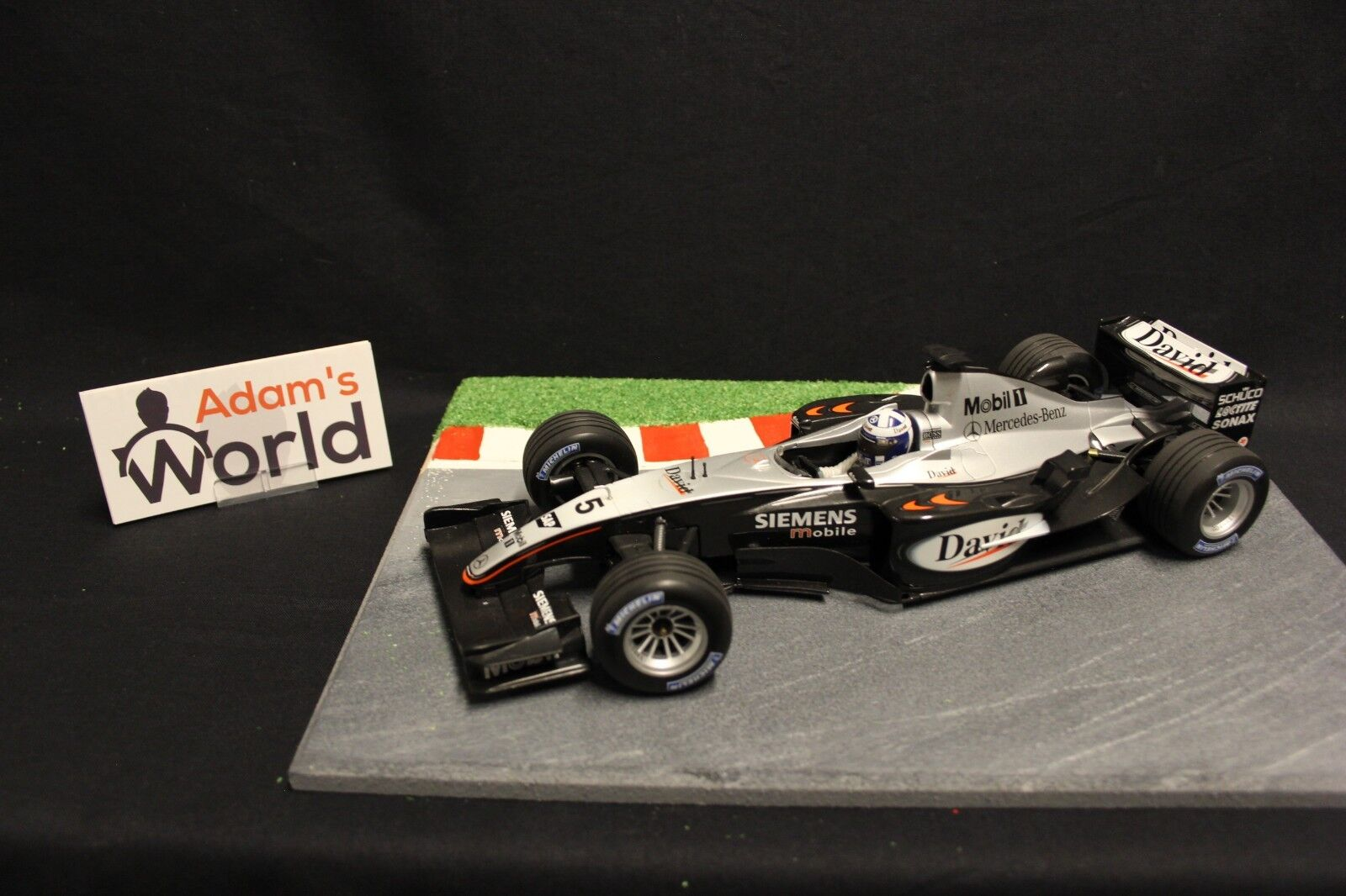 Minichamps McLaren Mercedes MP4-18 2003 1 18  5 David Coulthard (GBR) (F1NB)
