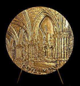 Medal-Abbey-of-Royaumont-Lions-Club-Saint-Denis-Basilica-68-mm-159-G-Medal