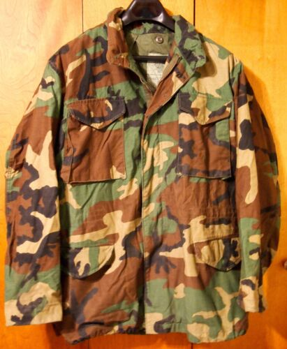 U.S. MILITARY COLD WEATHER FIELD COAT JACKET - SIZE: MEDIUM-L0NG