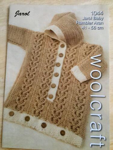 Woolcraft Aran Tejer patrón 1044-bebé empavesado 41-56 CMS