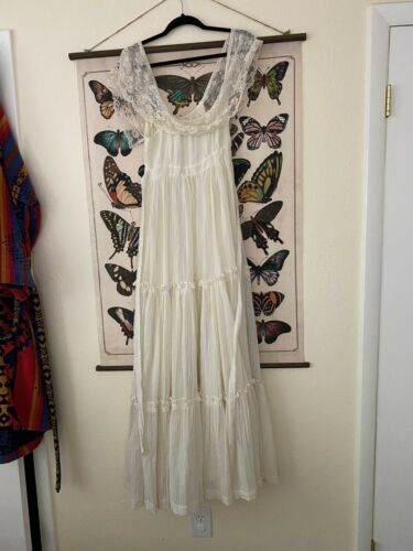 Vintage 1970s Dreamy Gunne Sax dress Small