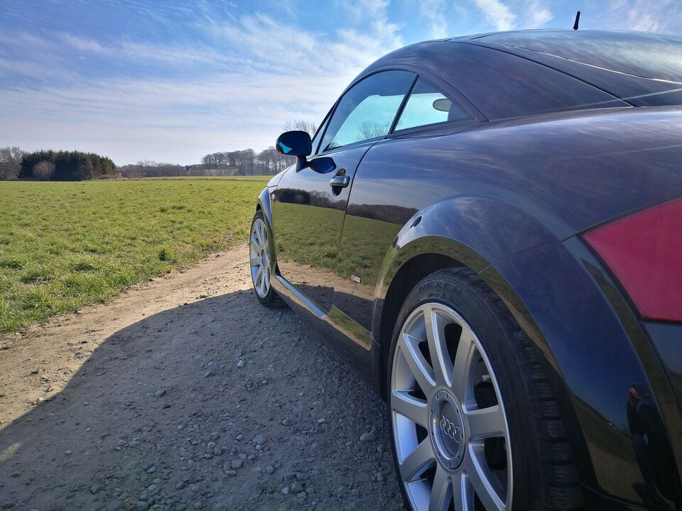 Audi TT, 1,8 T 225 Coupé quattro, Benzin