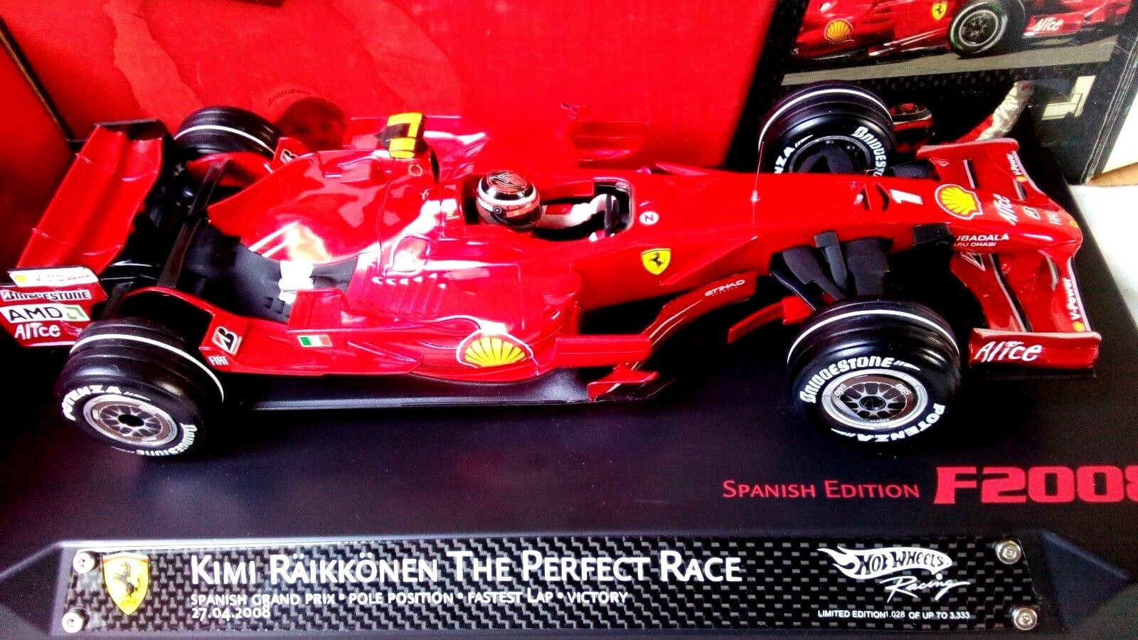 1/18 Ferrari F2018  HAT TRICK The Perfect Race Kimi Räikkönen HOTWHEELS