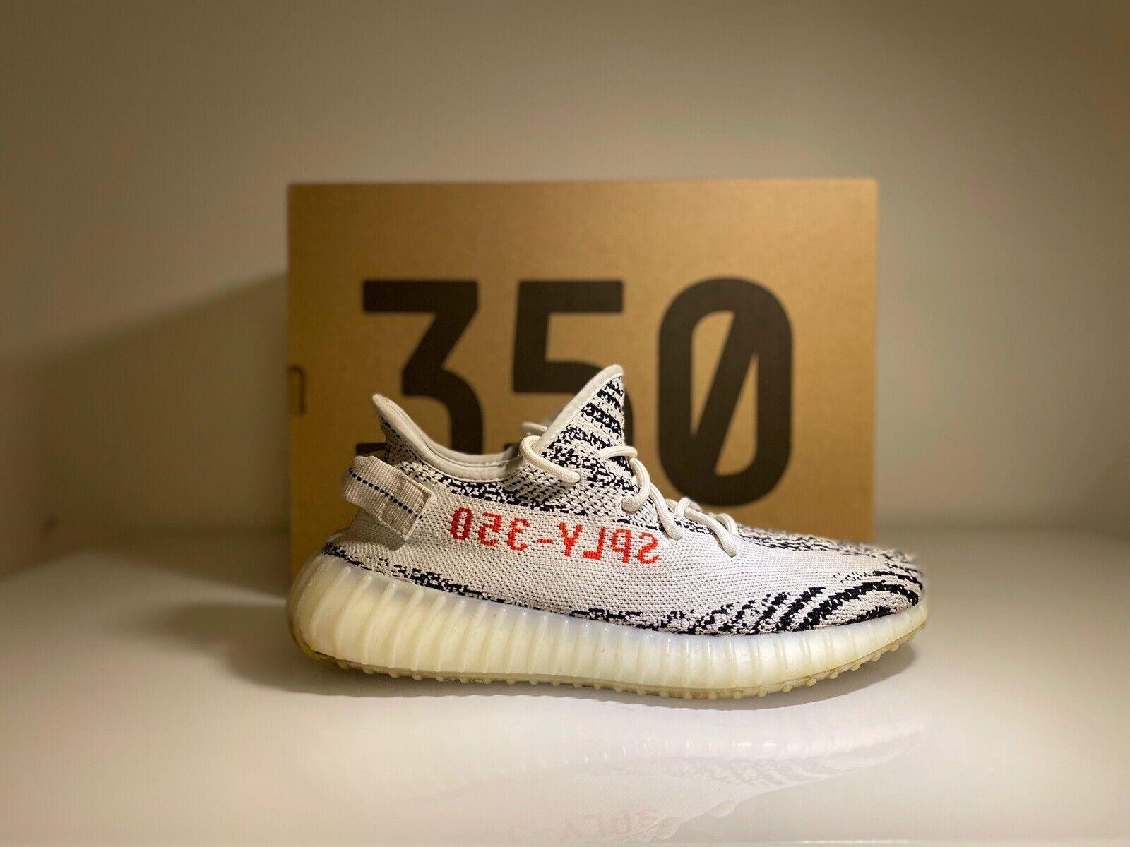 Sneakers, Yeezy 350 v2 zebra, str.