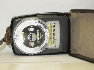 Gossen-Lunasix-3-Belichtungsmesser-mit-Etui-2-Messbereiche-hell-dunkel