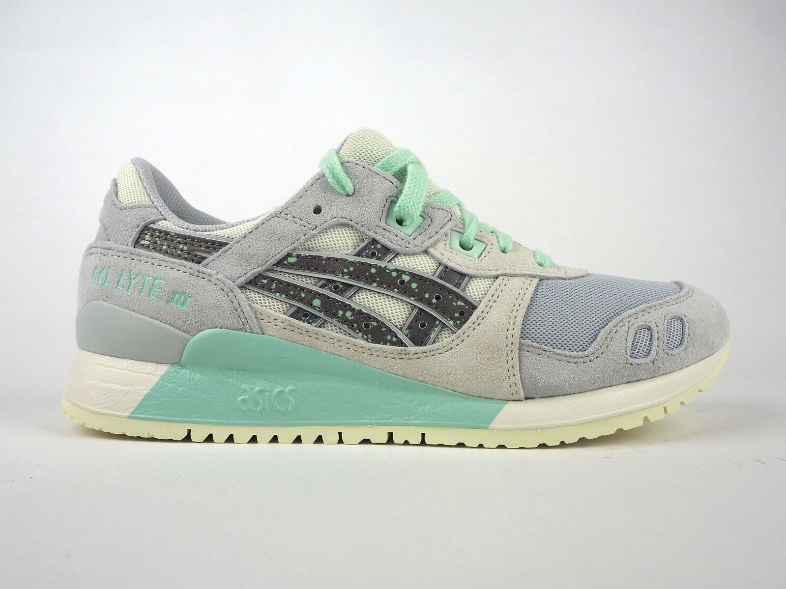 Womens Asics Gel Lyte III H7R6L 9696 Light Grey Lace Up Casual Trainers