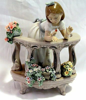 "Lladró Figurine #06658 ""Morning Song"" Issue 2000 9.5"" x 7"" In Box"