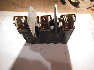 Allen Bradley 1494V-FSR633 Ser. A Fuse Block Trailer 30 Amp 600 V