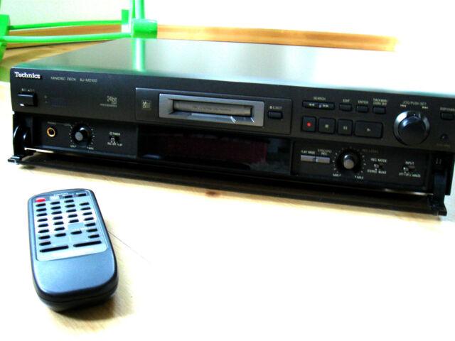 Technics MiniDisc Recorder SJ-MD100 mit Fernbedienung
