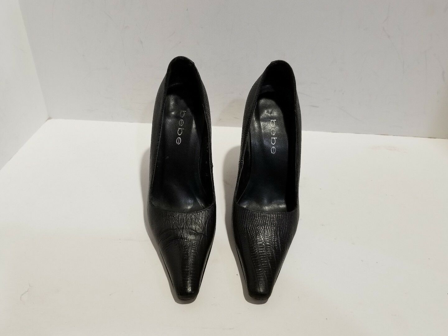 Bebe Womens Black Leather 6 Heels Size 6 Leather M d2a12e