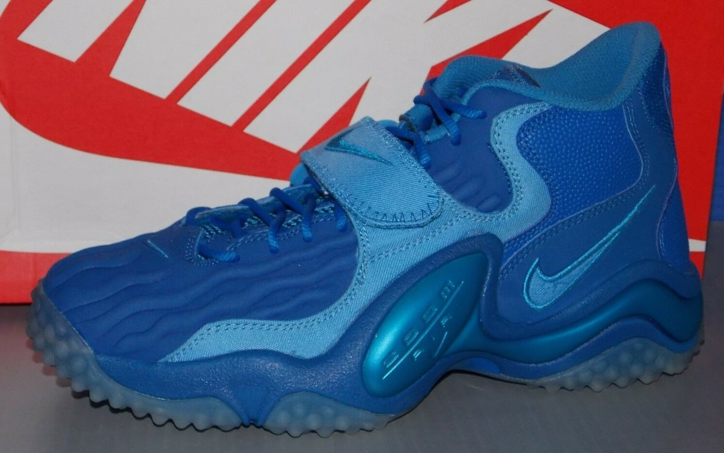 MENS NIKE AIR ZOOM TURF JET '97 NFL in colors BLUE / BLUE / COAST SIZE 10.5