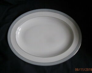 ROYAL-DOULTON-ETUDE-LARGE-OVAL-PLATTER-34-CM-H5003-REDUCED-TO-CLEAR