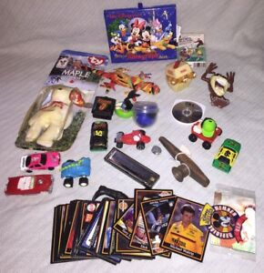 Junk-Drawer-TOY-LOT-Vintage-Race-Wind-Up-Cars-Cards-Horns-DISNEY-Taz-Trivia-Play