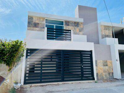 Casa en Venta en Bugambilias en Julio Verne