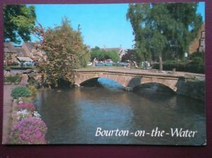 POSTCARD-GLOUCESTERSHIRE-BOURTON-ON-THE-WATER-THE-OLD-MILL-BRIDGE