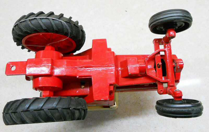 COLLECTIBLE TRACTOR MODEL INTERNATIONAL 1086-PRODUCED BY THE ERTL ERTL ERTL Co U.S.A (8a) 05a3d8