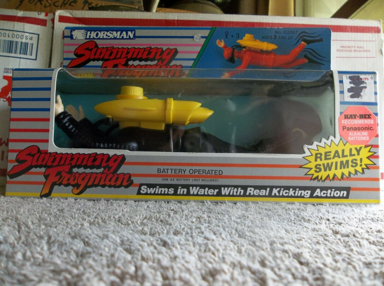1989 Swimming Frogman powered by 1 double AA battery very COOL