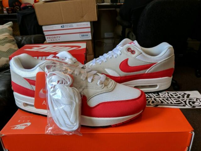 half off e4aa7 3009f Nike Air Max 1 Anniversary Size 9 White University Red Style 908375 103