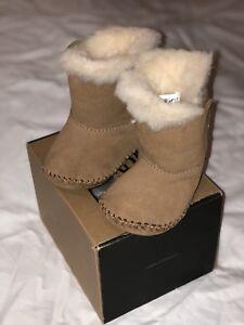 76cf7ddb694 Details about UGG Size 2/3 Infant Toddler Suede Chestnut Brown CADEN Boots
