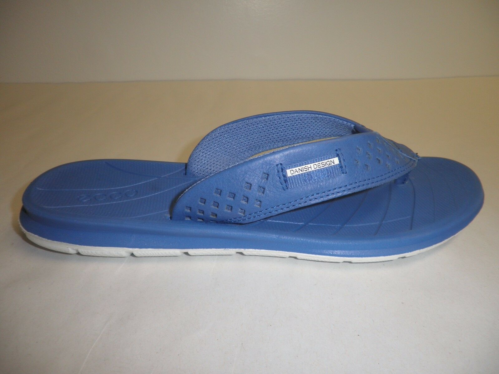 Ecco Size 5 to 5.5 INTRINSIC TOFFEL bluee Leather Thong Sandals New Womens shoes
