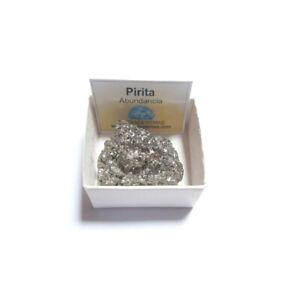 Pirita-chispa-piedra-en-bruto-pequena-en-caja-de-coleccion-4x4-cm
