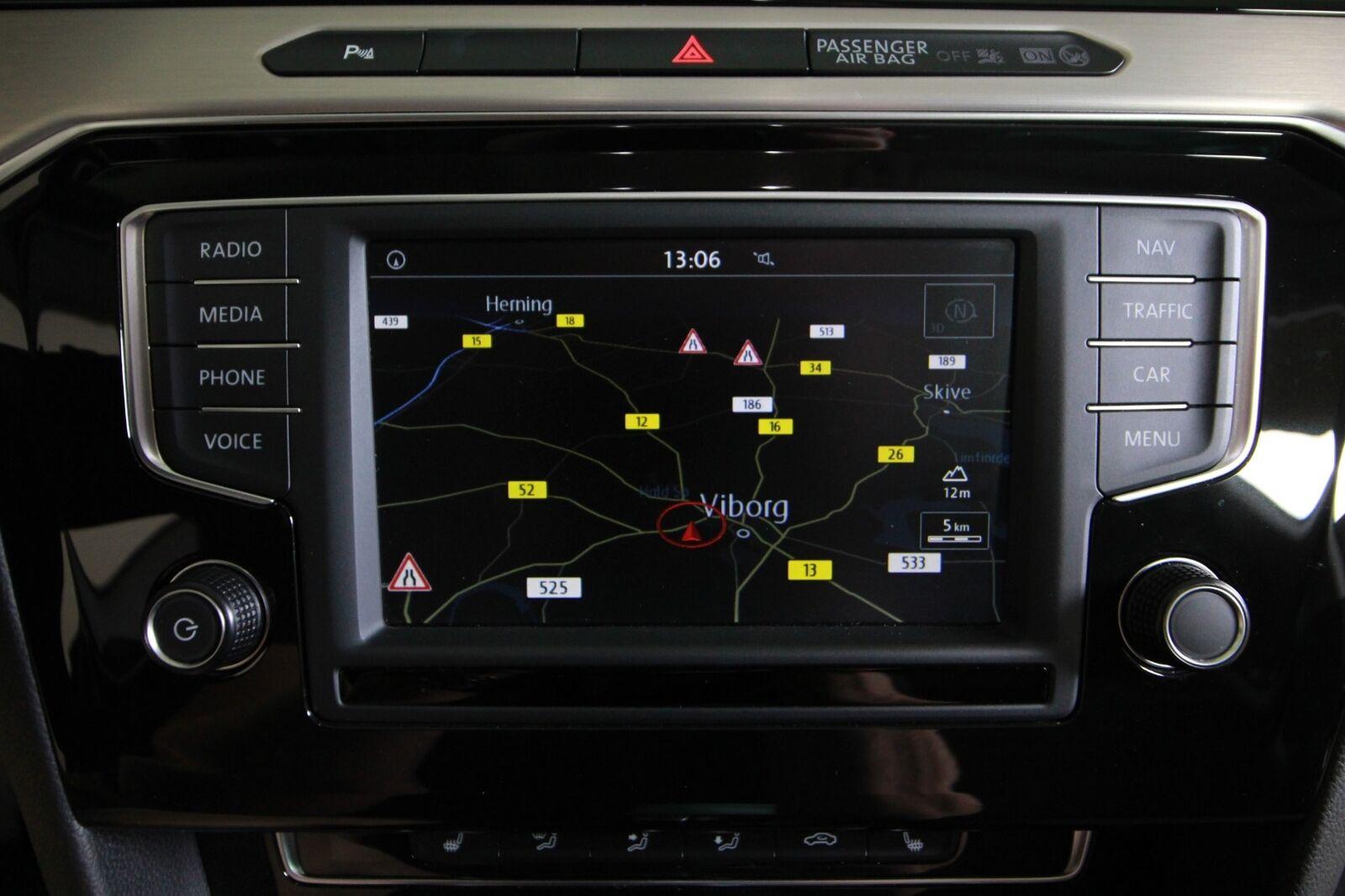 VW Passat TSi 150 Highline Premium DSG