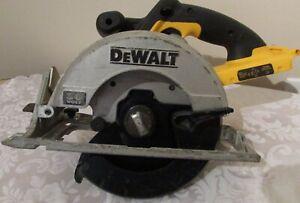 Dewalt DC300 7 1/4 Inch 36 Volt Circular Saw READ DESCRIPTION!!!