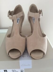 Size 6 Kendra Sandals Natural Clarks Suede New Flower USHwxXY4aq