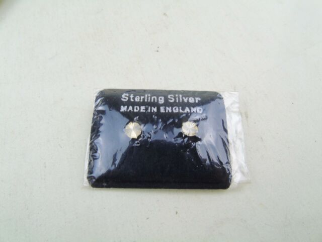 VINTAGE SOLID SILVER NOS LADIES STUD EARRINGS STERLING ETCHED FRONTS