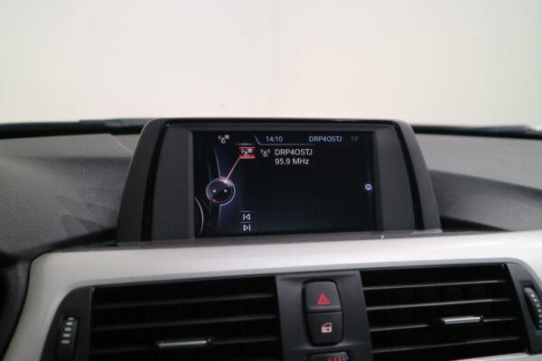 BMW 320d 2,0 aut. billede 10